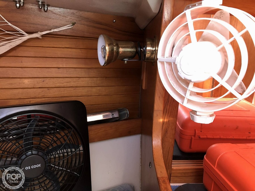 1996 Catalina Yachts boat for sale, model of the boat is 36 MK II & Image # 12 of 40