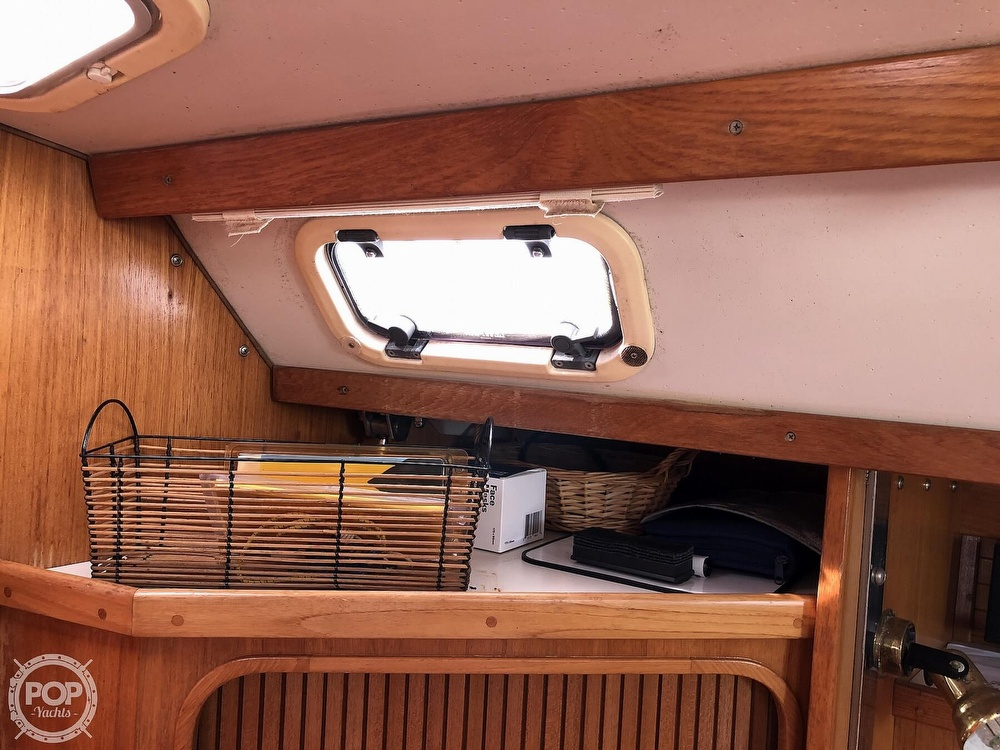 1996 Catalina Yachts boat for sale, model of the boat is 36 MK II & Image # 21 of 40