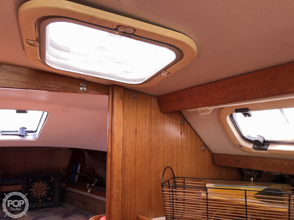1996 Catalina Yachts boat for sale, model of the boat is 36 MK II & Image # 22 of 40