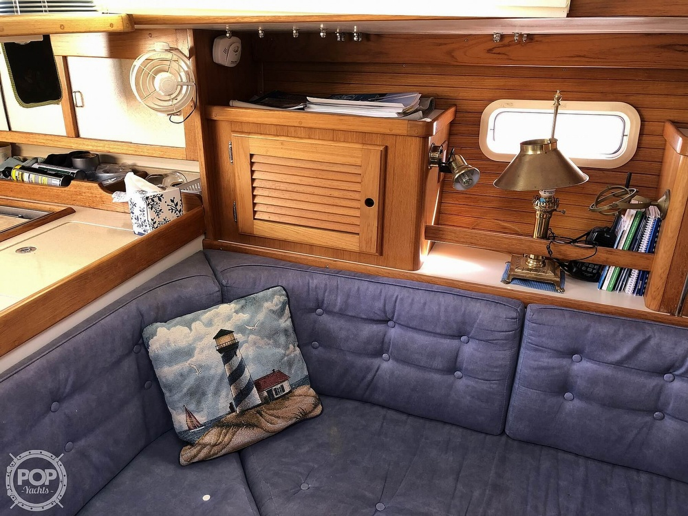 1996 Catalina Yachts boat for sale, model of the boat is 36 MK II & Image # 28 of 40