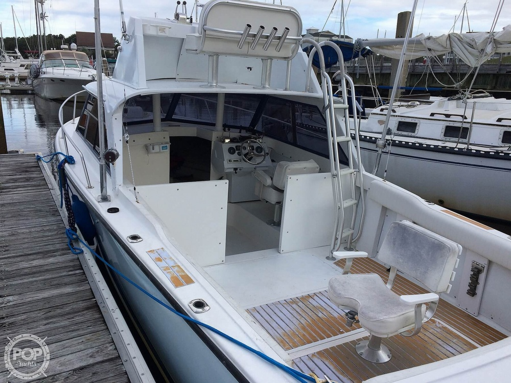 1966 Bertram boat for sale, model of the boat is 25 Mark II Sport & Image # 11 of 40