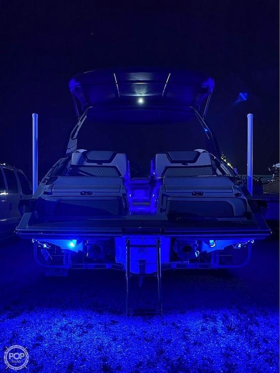 2020 Yamaha 275 SE - image 4
