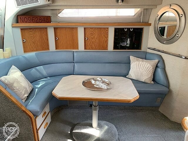 1990 Sea Ray boat for sale, model of the boat is 390 Express Cruiser & Image # 3 of 40