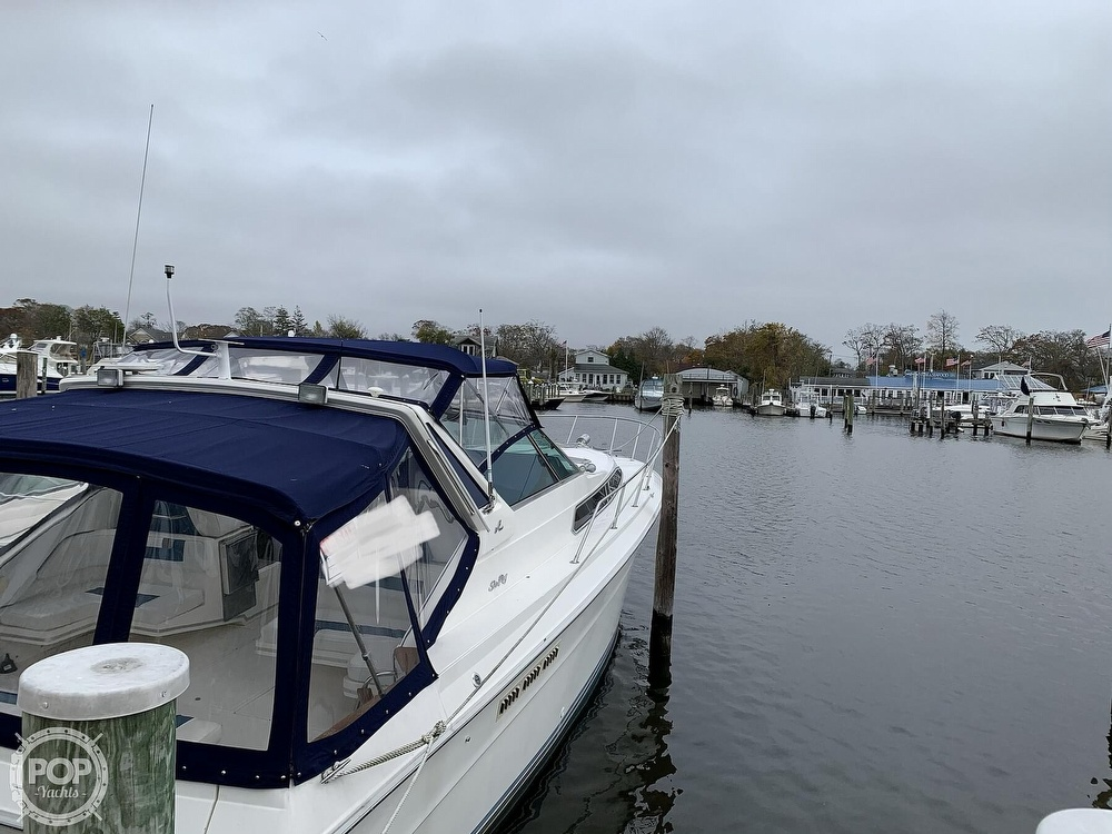 1990 Sea Ray boat for sale, model of the boat is 390 Express Cruiser & Image # 13 of 40