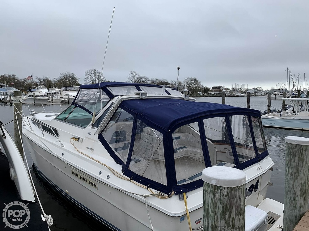 1990 Sea Ray boat for sale, model of the boat is 390 Express Cruiser & Image # 15 of 40