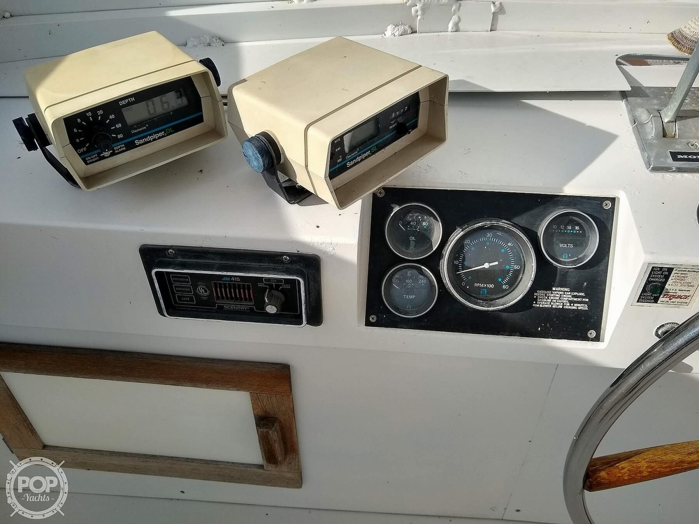 1985 Marinette boat for sale, model of the boat is 39 DC & Image # 39 of 40