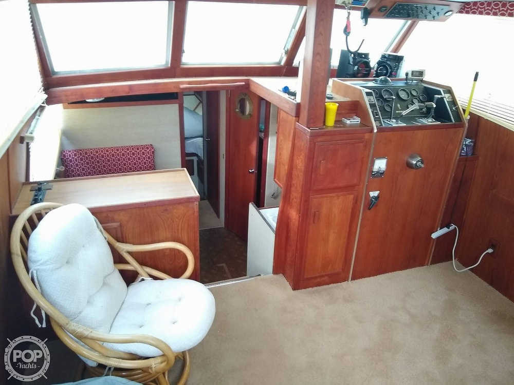 1985 Marinette boat for sale, model of the boat is 39 DC & Image # 9 of 40