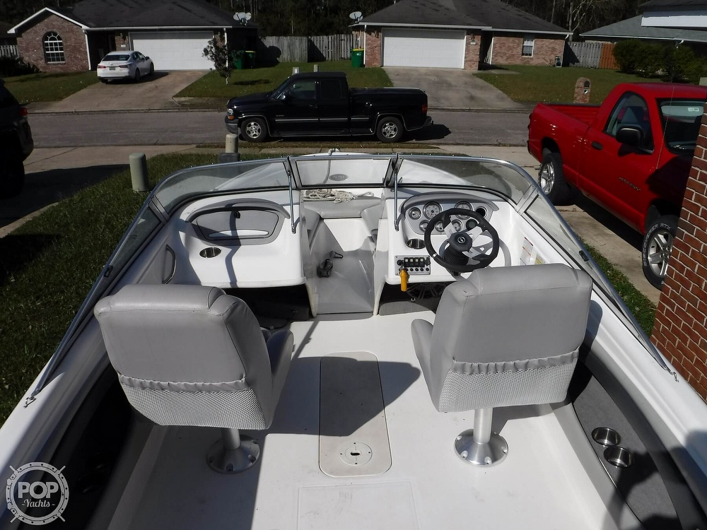 2009 Chaparral boat for sale, model of the boat is 180SSi & Image # 9 of 40
