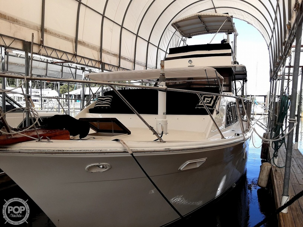 1976 Pacemaker Flush Deck Motor Yacht - #$LI_INDEX