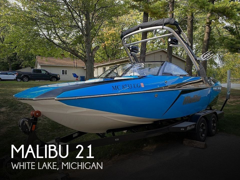Used Boats For Sale in Lansing, Michigan by owner | 2018 Malibu 21 MLX Wakesetter