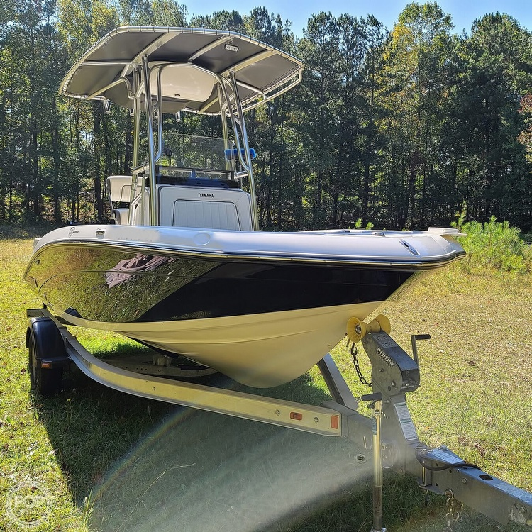 2017 Yamaha boat for sale, model of the boat is 190 FSH Deluxe & Image # 7 of 40