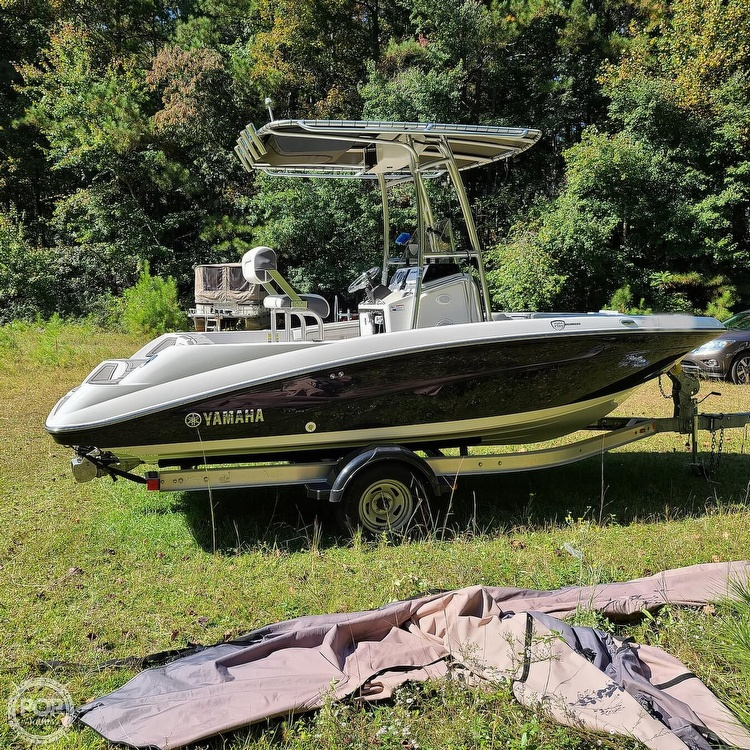 2017 Yamaha boat for sale, model of the boat is 190 FSH Deluxe & Image # 8 of 40