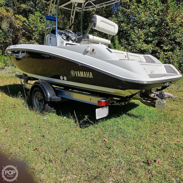2017 Yamaha boat for sale, model of the boat is 190 FSH Deluxe & Image # 11 of 40