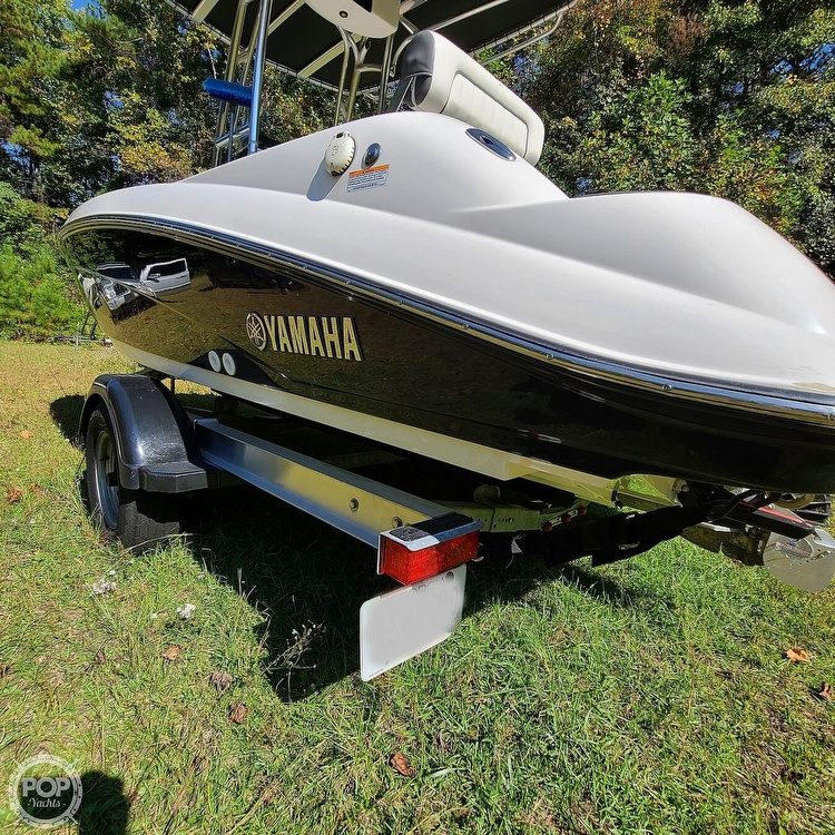 2017 Yamaha boat for sale, model of the boat is 190 FSH Deluxe & Image # 13 of 40