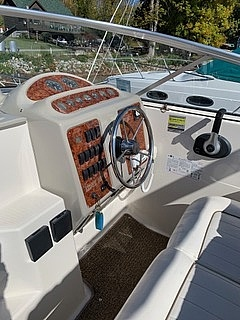 1998 Maxum boat for sale, model of the boat is 240 SCR & Image # 4 of 14