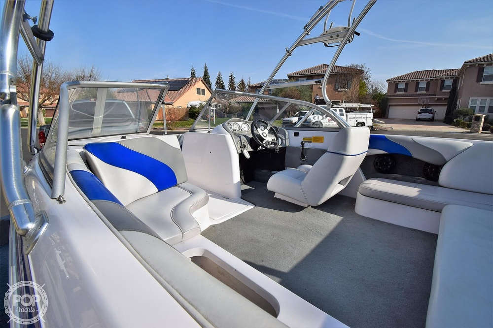 2003 Moomba boat for sale, model of the boat is Mobius LSV Gravity Games Edition & Image # 18 of 40