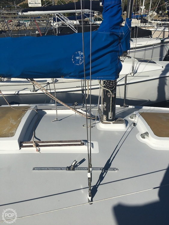 1977 J Boats boat for sale, model of the boat is J24 & Image # 8 of 17