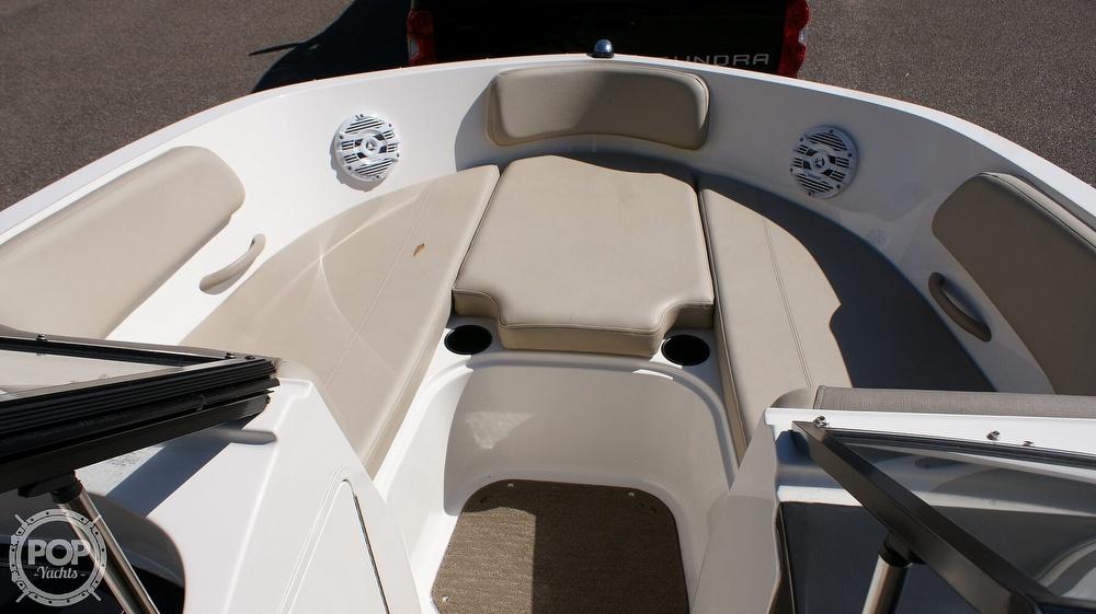 2016 Bayliner boat for sale, model of the boat is VR5 & Image # 5 of 41