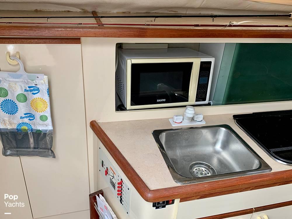 1995 Bayliner boat for sale, model of the boat is 2855 Ciera & Image # 32 of 40