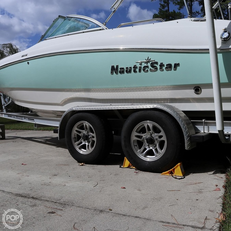 2016 Nautic Star boat for sale, model of the boat is 203 DC & Image # 11 of 41