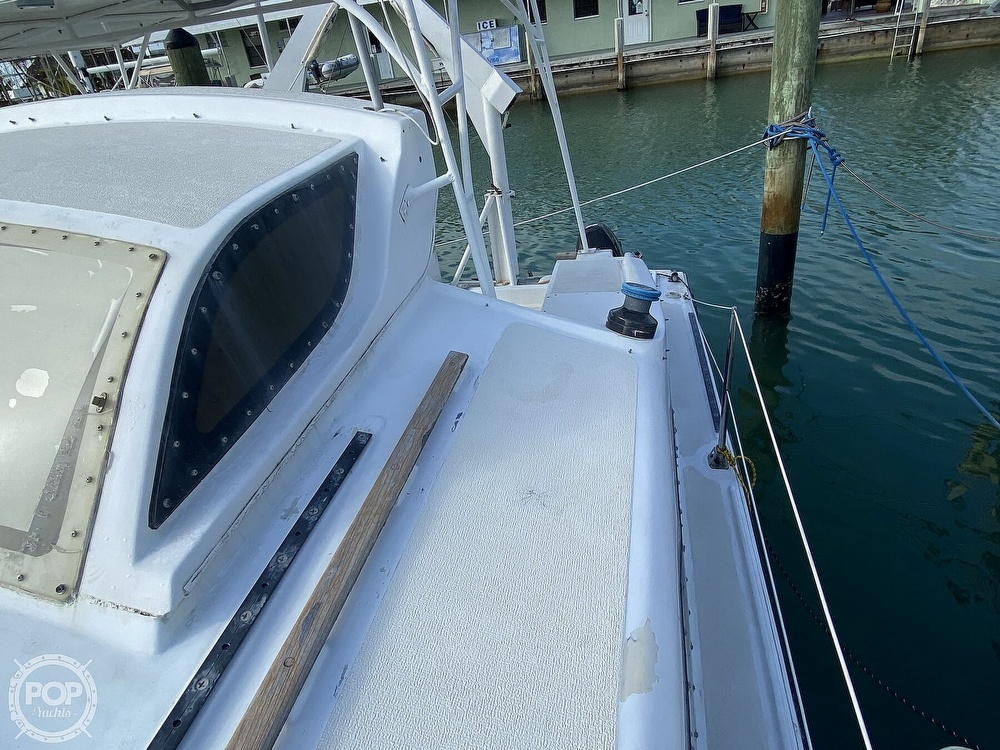 1987 Gemini boat for sale, model of the boat is 32 & Image # 30 of 40