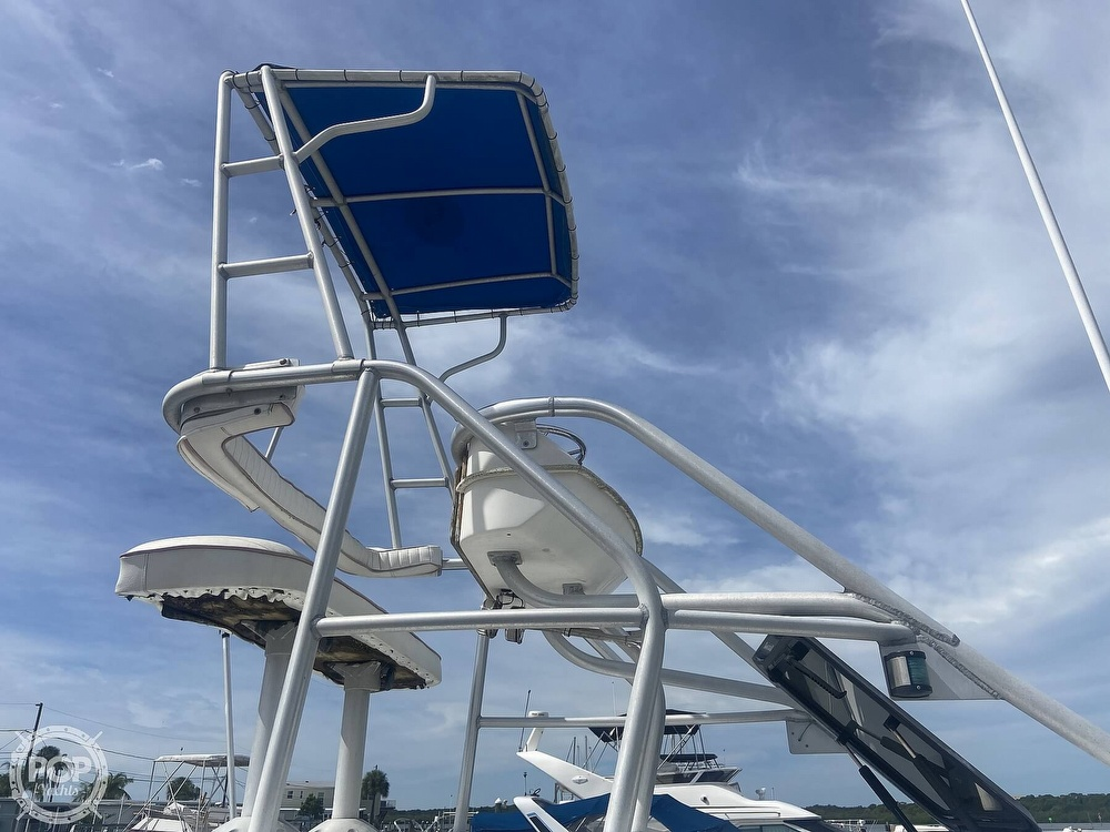 1990 Luhrs boat for sale, model of the boat is 290 Tournament & Image # 10 of 40