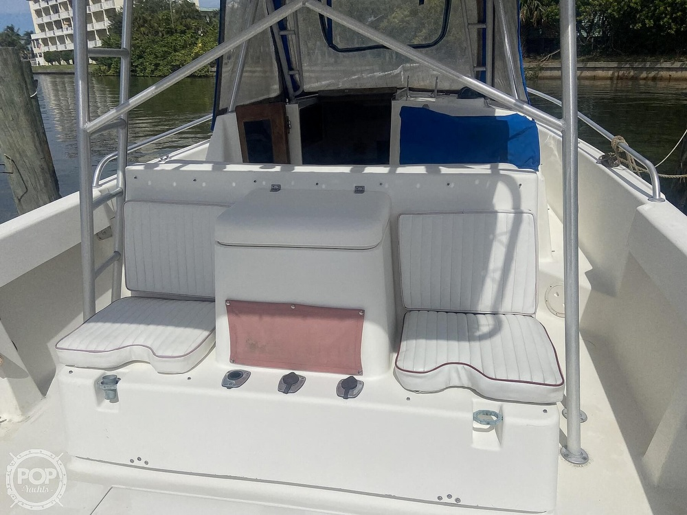 1990 Luhrs boat for sale, model of the boat is 290 Tournament & Image # 20 of 40