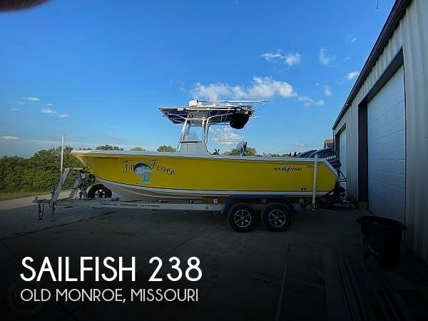 Used Boats For Sale in Springfield, Illinois by owner | 2004 Sailfish 238 Kingfish tournament editio