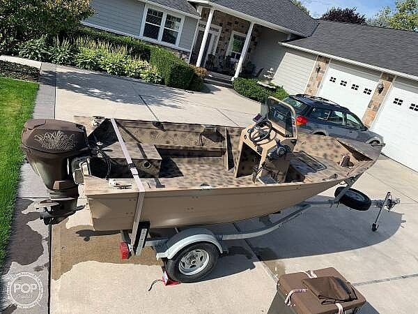 2014 Gregor boat for sale, model of the boat is Angler 15 & Image # 3 of 19