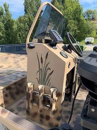 2014 Gregor boat for sale, model of the boat is Angler 15 & Image # 12 of 19