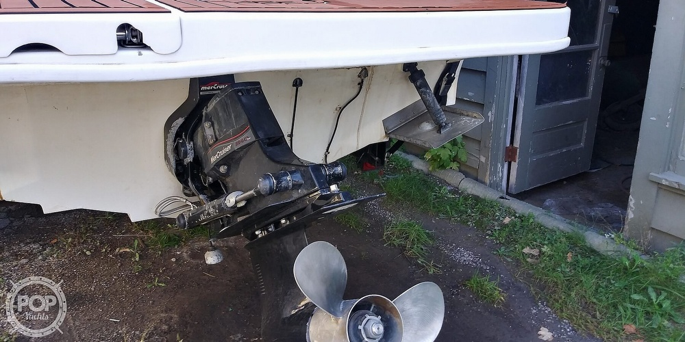 1999 Sea Ray boat for sale, model of the boat is 260 Sundancer & Image # 7 of 41
