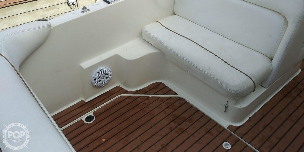 1999 Sea Ray boat for sale, model of the boat is 260 Sundancer & Image # 26 of 41