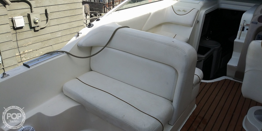 1999 Sea Ray boat for sale, model of the boat is 260 Sundancer & Image # 27 of 41