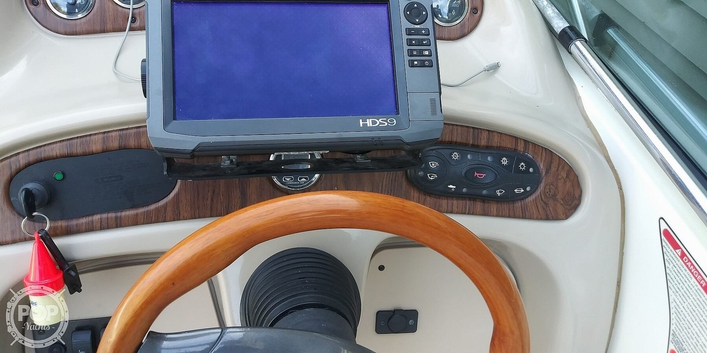 1999 Sea Ray boat for sale, model of the boat is 260 Sundancer & Image # 39 of 41