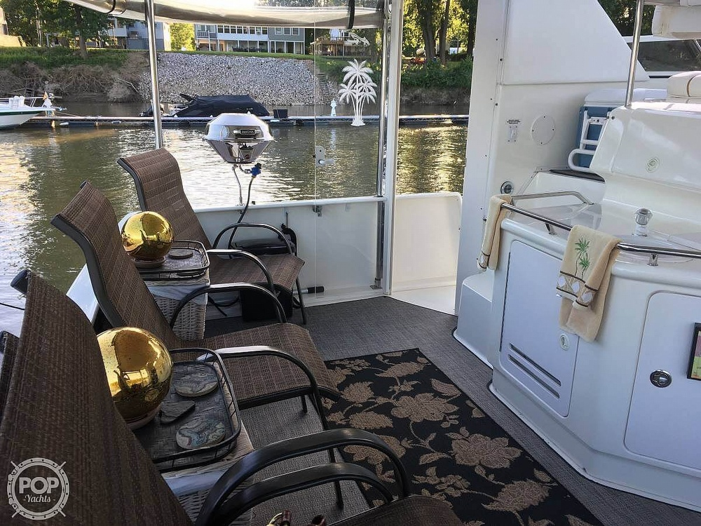 1999 Sea Ray boat for sale, model of the boat is 370 Aft Cabin & Image # 21 of 22