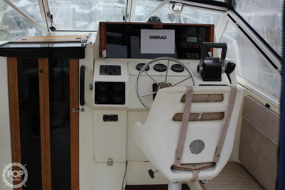 1989 Black Watch boat for sale, model of the boat is 26 & Image # 4 of 40