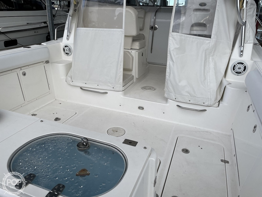 2008 Century boat for sale, model of the boat is Express 2900 & Image # 4 of 40