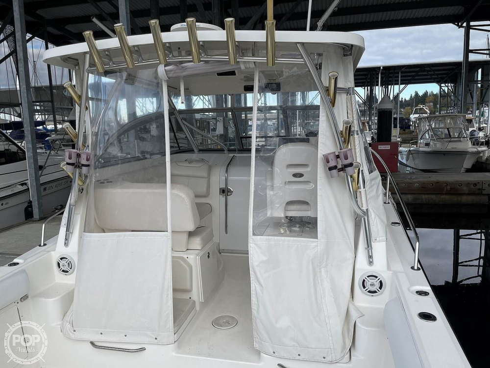 2008 Century boat for sale, model of the boat is Express 2900 & Image # 5 of 40