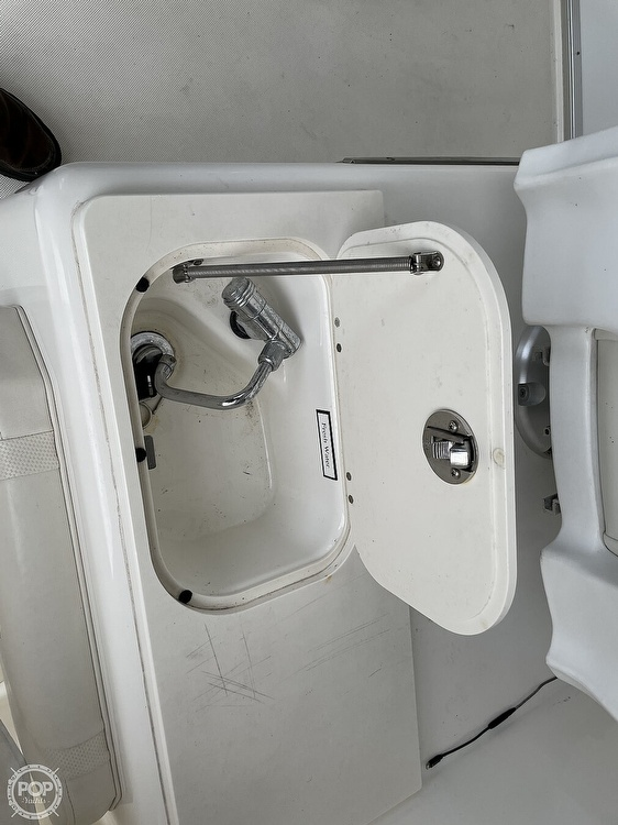 2008 Century boat for sale, model of the boat is Express 2900 & Image # 39 of 40