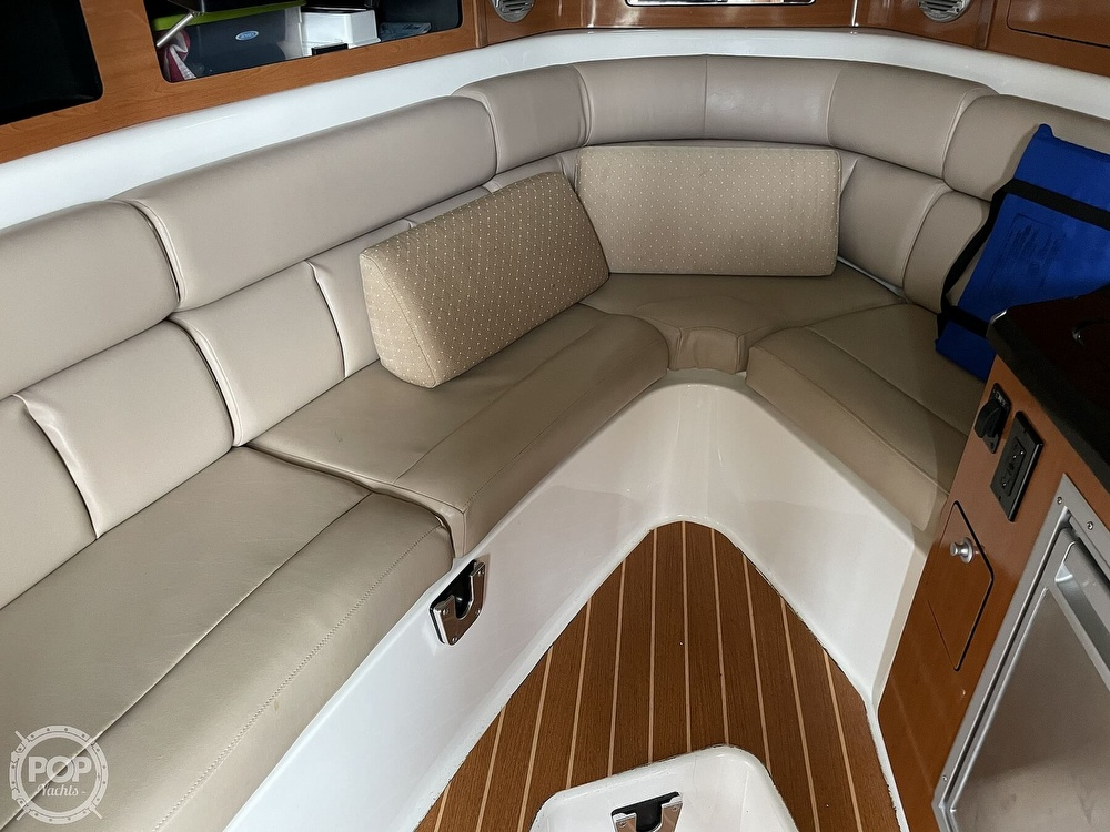 2008 Century boat for sale, model of the boat is Express 2900 & Image # 9 of 40