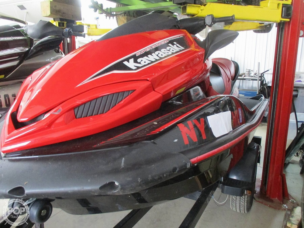 2014 Kawasaki boat for sale, model of the boat is 310/300 & Image # 3 of 33