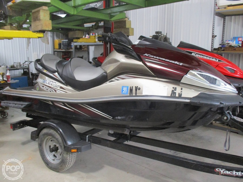2014 Kawasaki boat for sale, model of the boat is 310/300 & Image # 16 of 33