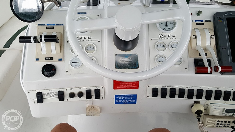 1999 Mainship boat for sale, model of the boat is 40 Sedan Bridge & Image # 27 of 40