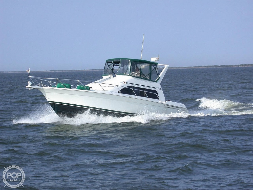 1999 Mainship boat for sale, model of the boat is 40 Sedan Bridge & Image # 39 of 40