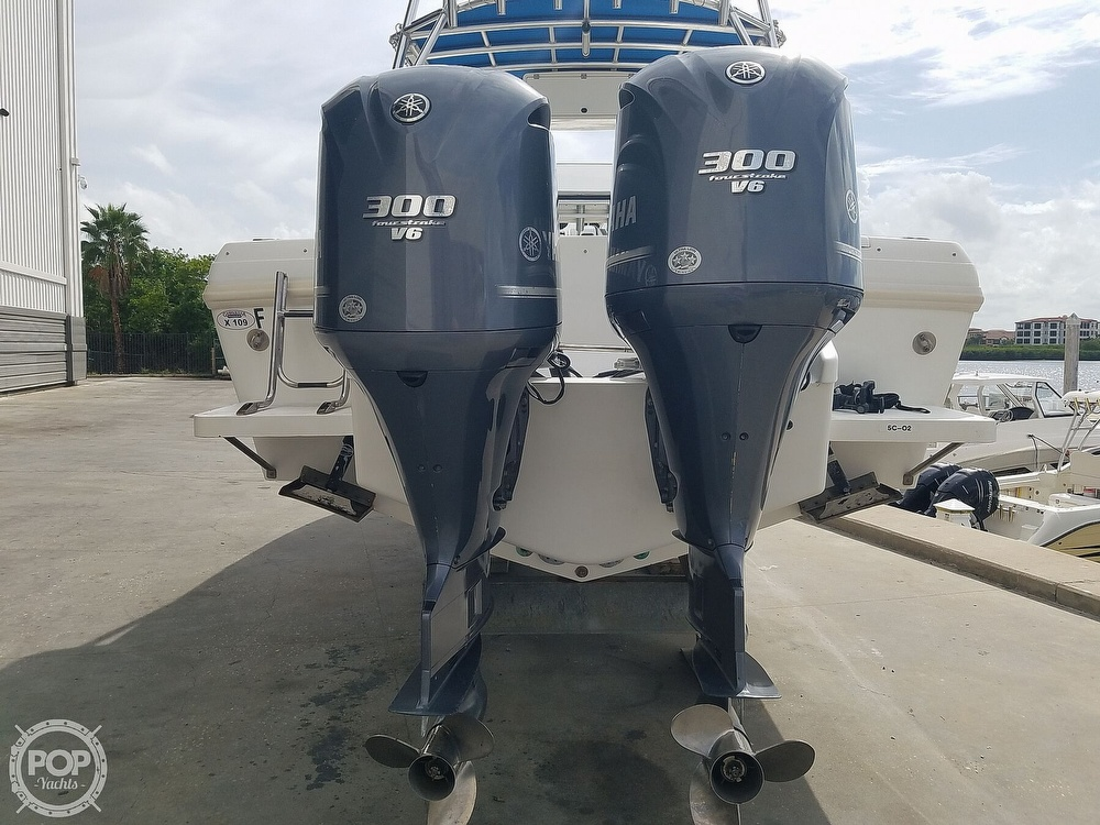 1998 Intrepid boat for sale, model of the boat is 339 Center Console & Image # 16 of 40