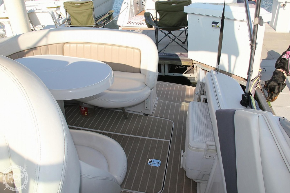 2006 Four Winns boat for sale, model of the boat is 248 Vista & Image # 17 of 40