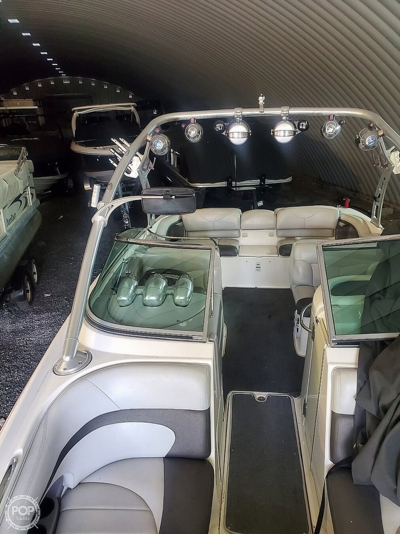 2004 Mastercraft boat for sale, model of the boat is X-80 & Image # 12 of 36