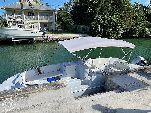 1996 Bayliner boat for sale, model of the boat is 2609 Rendezvous & Image # 32 of 40