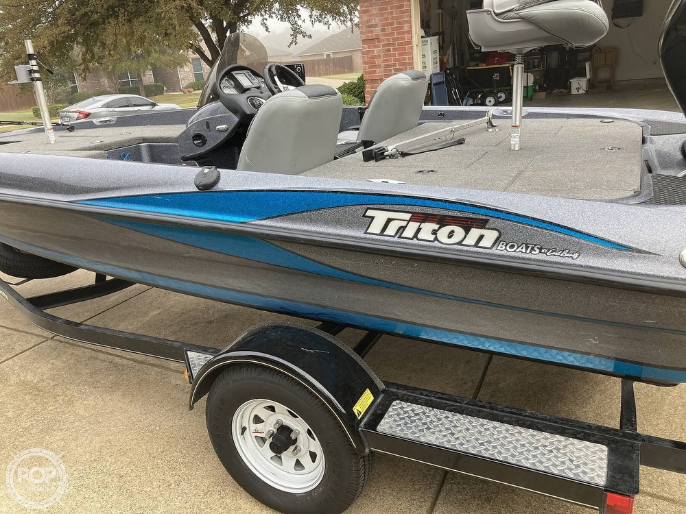 2014 Triton boat for sale, model of the boat is 17 Pro & Image # 32 of 40