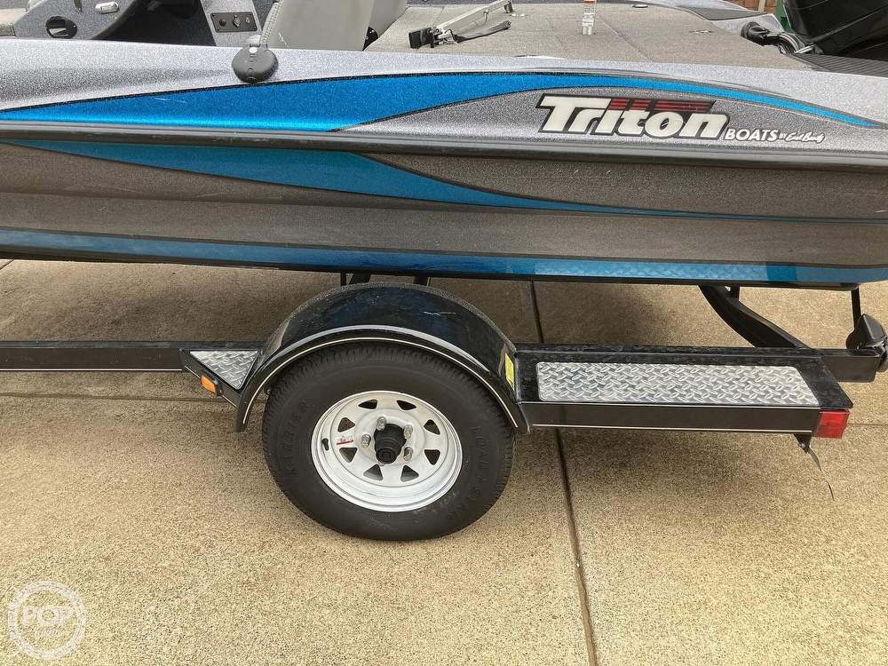 2014 Triton boat for sale, model of the boat is 17 Pro & Image # 34 of 40